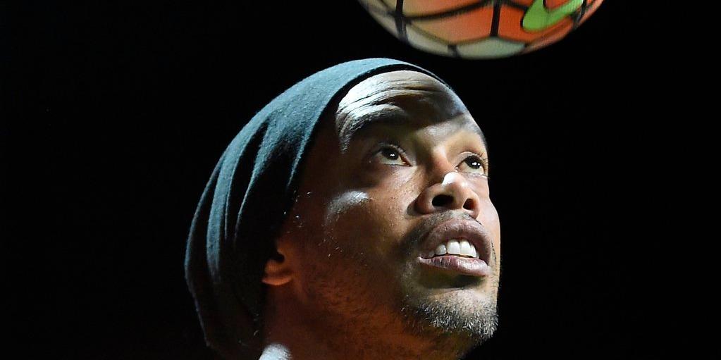 Váratlan fordulat: Ronaldinho házi őrizetbe került