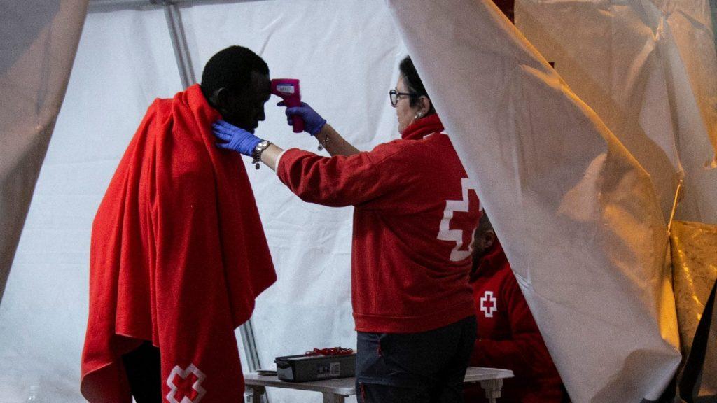 Koronavírus: Spanyolországban több mint nyolcszázan hunytak el egy nap alatt