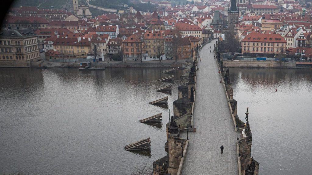 Koronavírus: a cseh kormány meghosszabbította a vesztegzárat