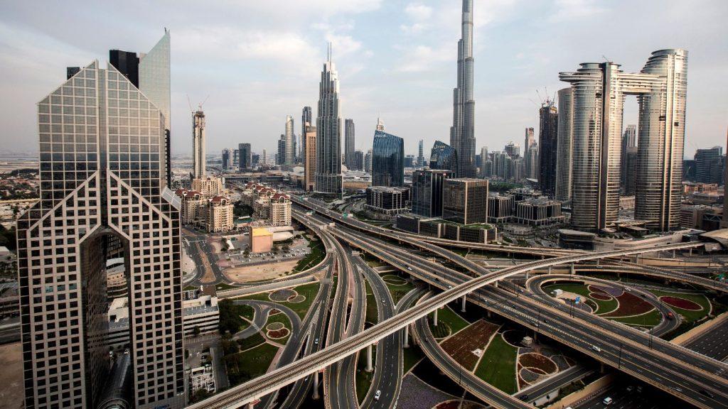Az erkélyen futotta le a maratont egy dél-afrikai házaspár Dubajban