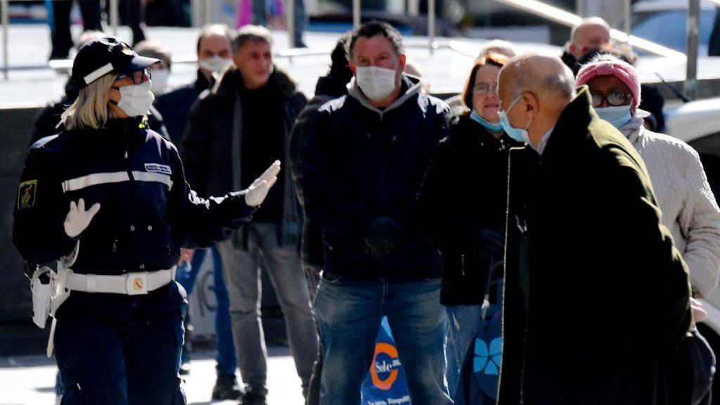 Tízezer felett a halálos áldozatok száma Olaszországban