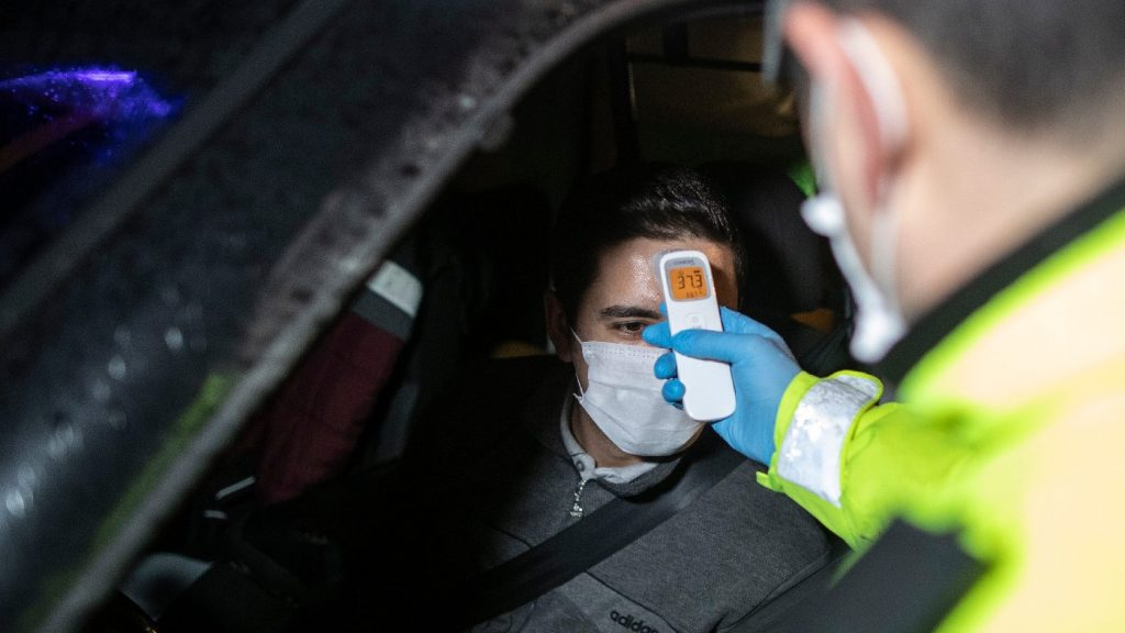Törökországban ismét rekordmértékben nőtt az igazolt fertőzöttek száma