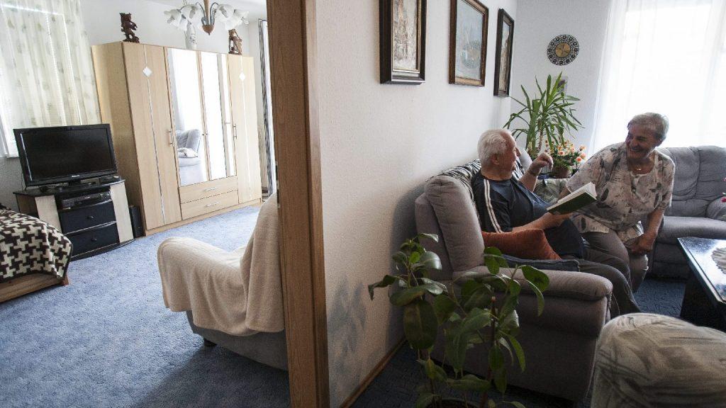 Adományt gyűjtött a CÖF-CÖKA állami idősotthonok lakóinak