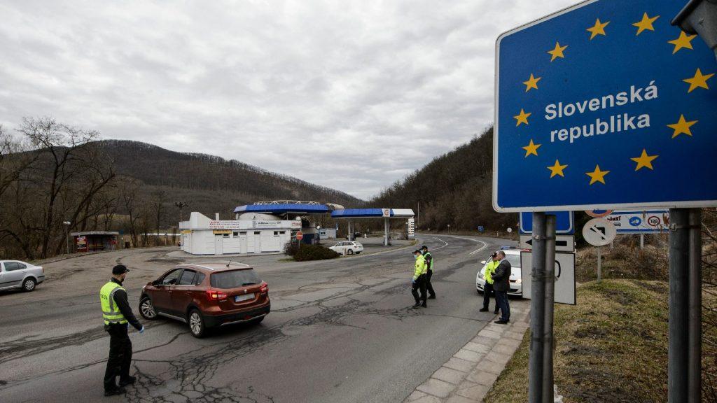 Nőtt a fertőzöttek száma, újabb lélegeztetőgépeket rendelt a szlovák kormány