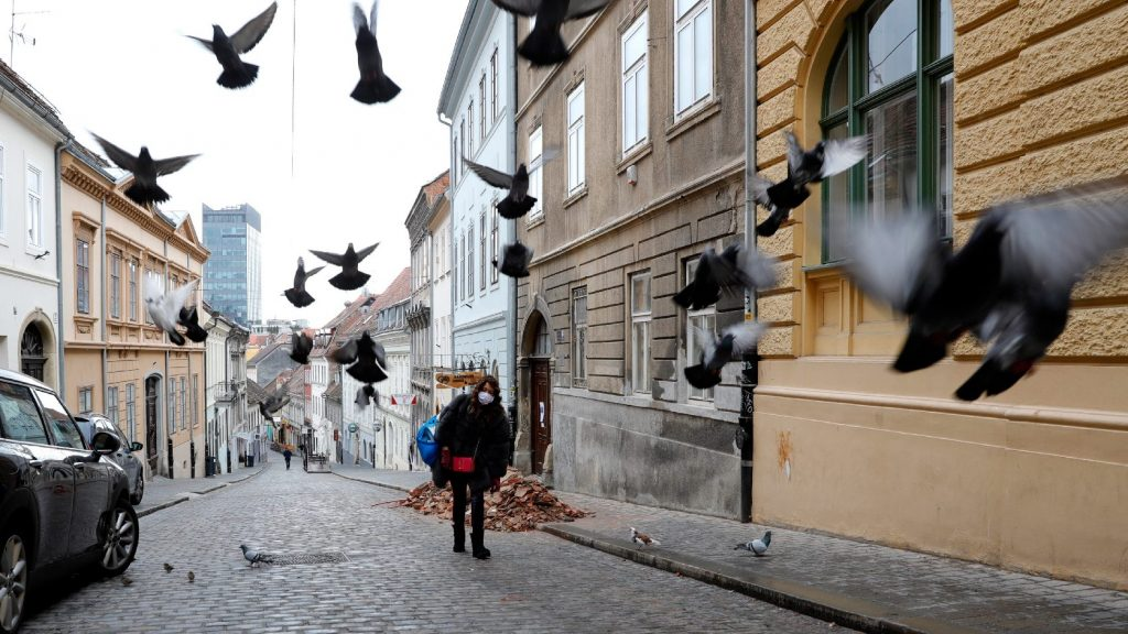 Sokan megszegik a kijárási korlátozásokat Horvátországban