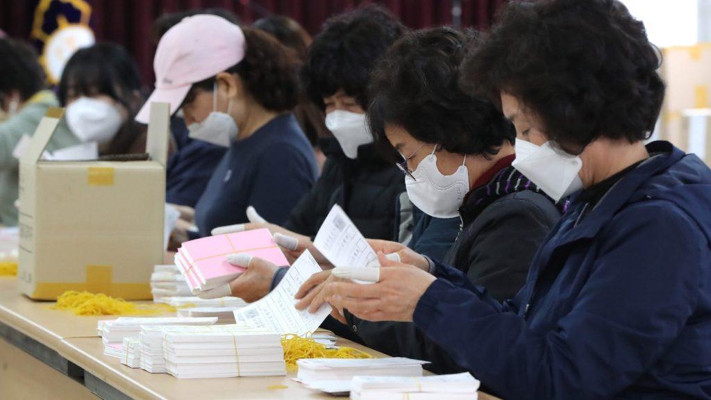 Héthetes mélyponton az új fertőzések száma Dél-Koreában