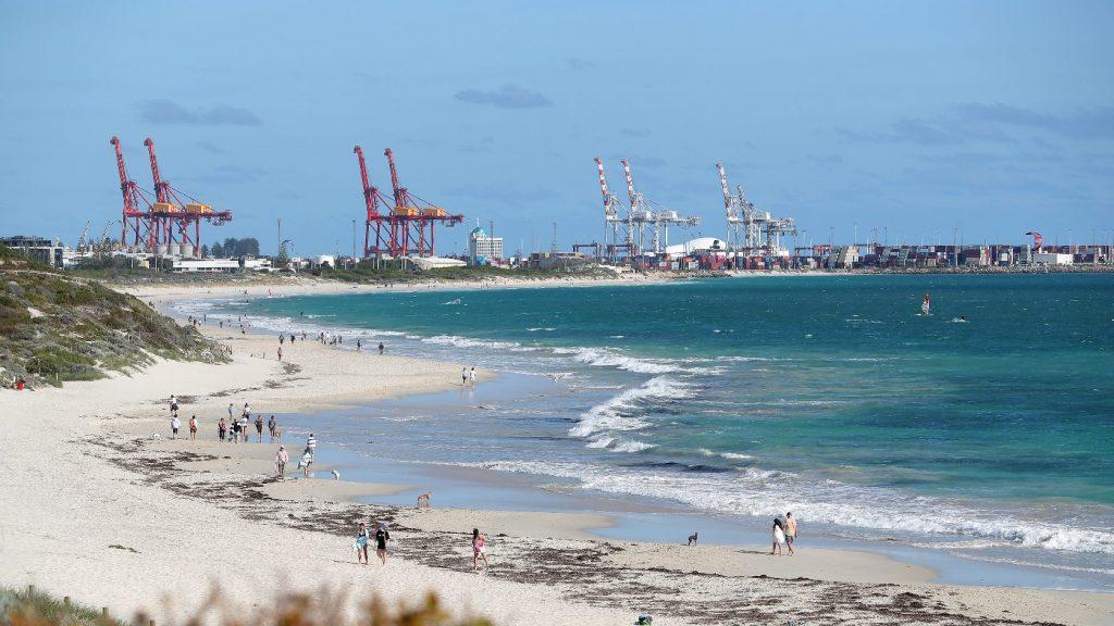 Környezeti katasztrófa fenyegeti Mauritiust egy megfeneklett teherhajó miatt