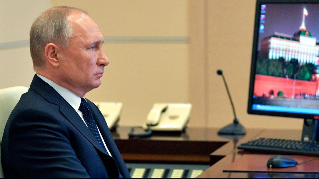 Ezernyolcszáz új fertőzött Oroszországban, Putyin szigorít