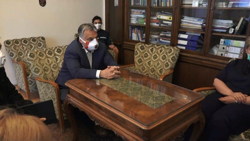 """""""Minden működik!"""" – Orbán Viktor az Korányi intézetbe látogatott - VIDEÓ"""