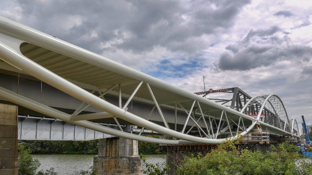 Hamarosan elkészül a Tiszafüred-Poroszló közötti kerékpárút