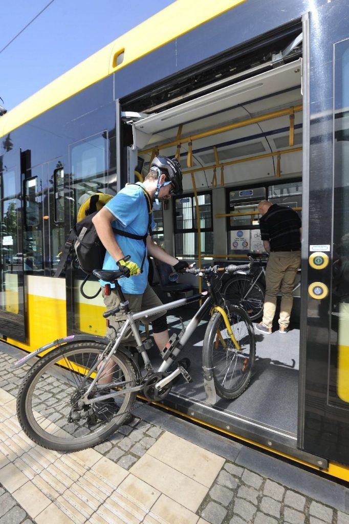 Bővül a kerékpárszállítás lehetősége a budai fonódó villamoshálózaton