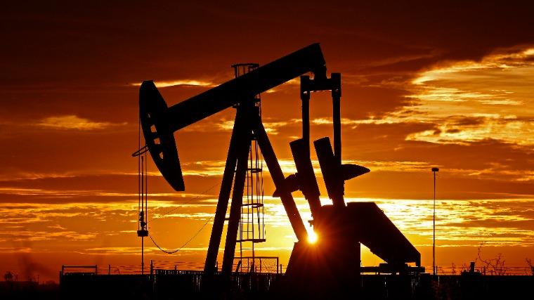 A világ olajkereslete 2022-re térhet vissza a válság előtti szintre