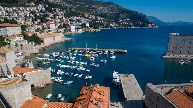 Horvátországban és Szlovéniában ismét nőtt az új fertőzöttek száma