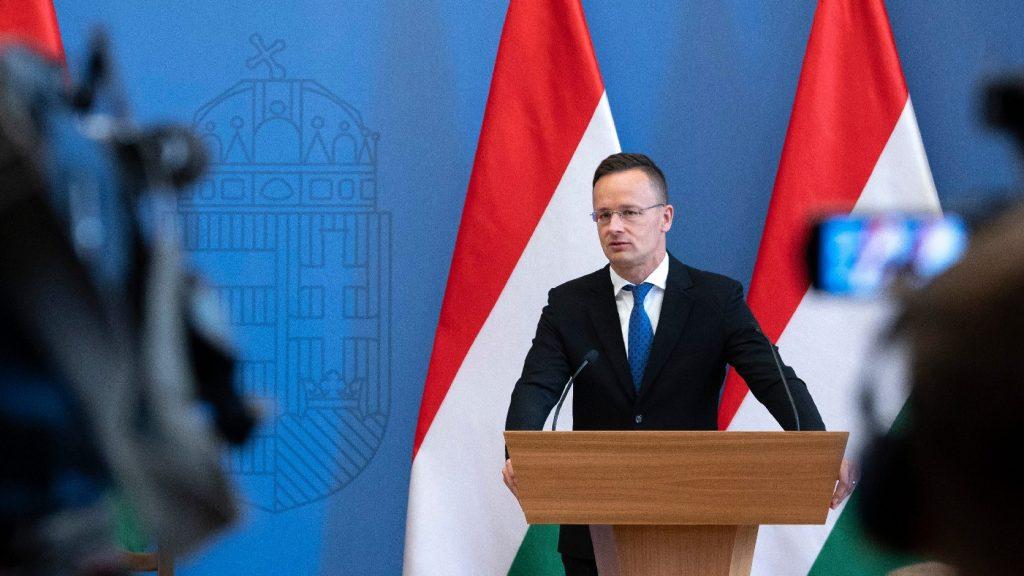 Szijjártó: Ausztria és keleti szomszédai sikeresen működtek együtt a védekezésben