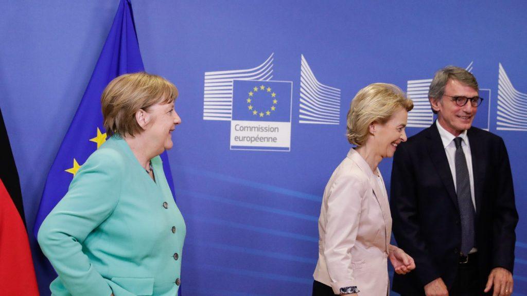 Merkelnek Európa szétesését kell megakadályoznia