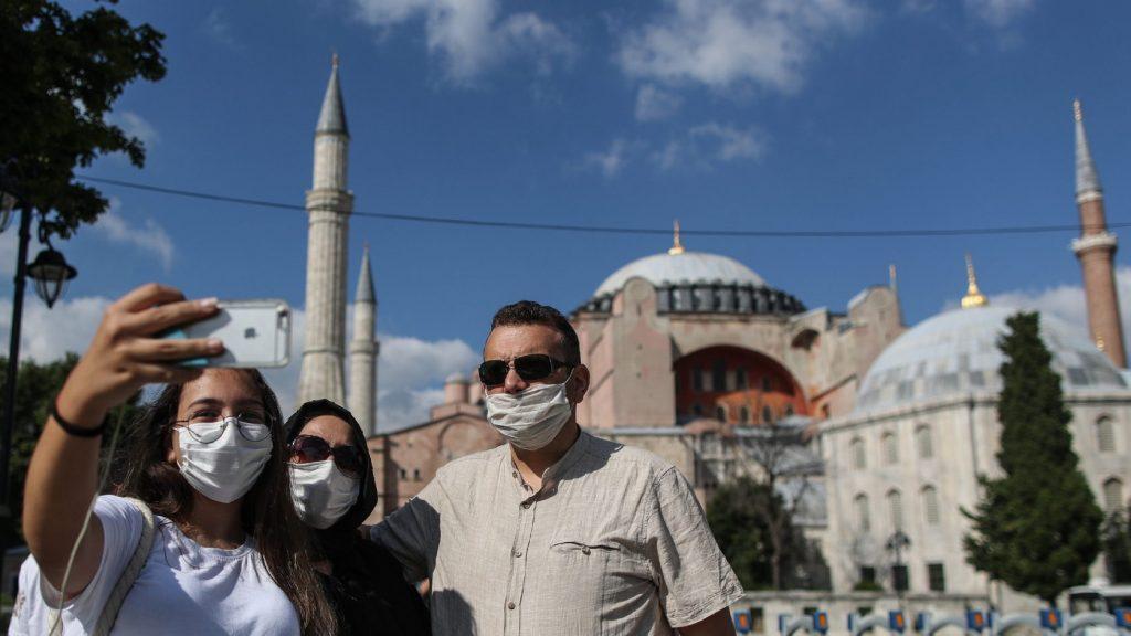 A Hagia Sophiáról Ankara dönt, de mindenki előtt nyitva marad