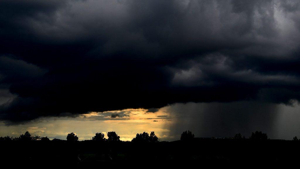 Viharosra fordul az idő a hétvégére