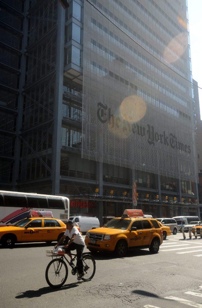 A The New York Times egyoldalúságára hivatkozva távozott a véleményrovat szerkesztője