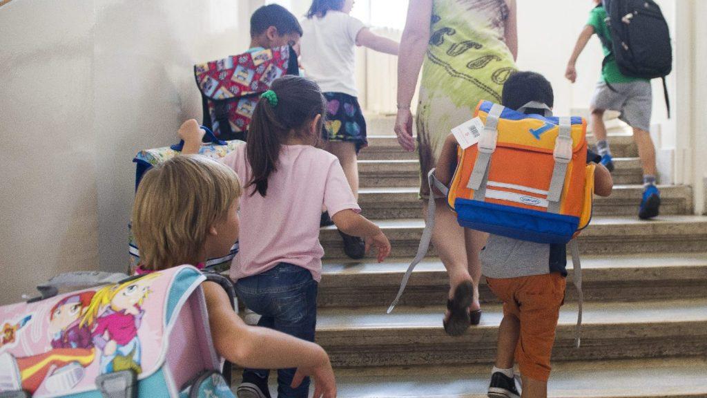 Szeptemberben a tantermekben kezdődik az új tanév
