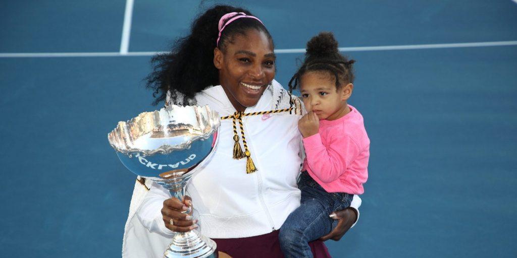 Serena Williams kislánya még csak kétéves, de máris anyukája nyomdokaiba lépett