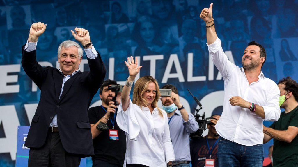 Új választást követelt tüntetésén az olasz jobboldal