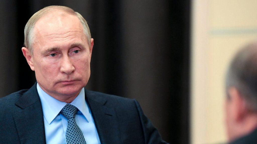 Putyin amerikai beavatkozástól tart