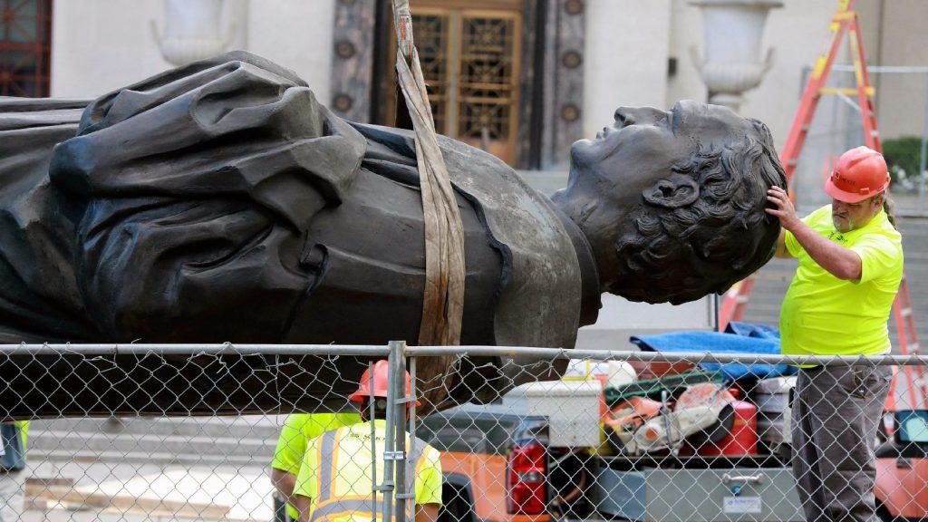 Baltimore-ban is ledöntötték Kolumbusz szobrát