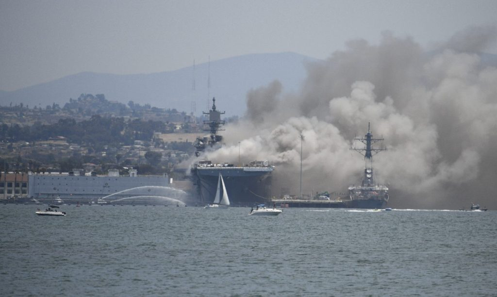 Hét hajó kigyulladt az iráni Busehr kikötőjében
