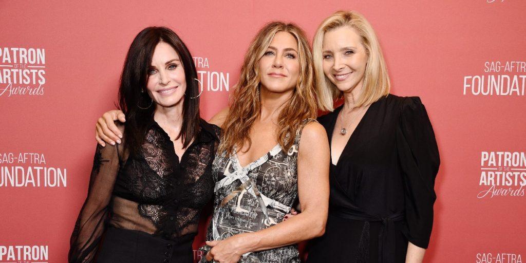 Ahogyan még nem láthattuk Jennifer Anistont és Lisa Kudrow-t