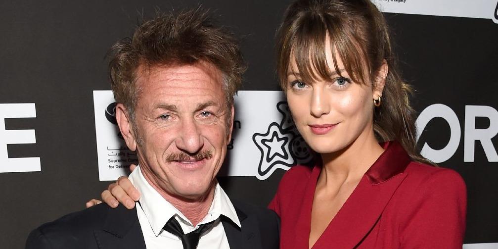 Sean Penn oltár elé vezette 28 éves barátnőjét