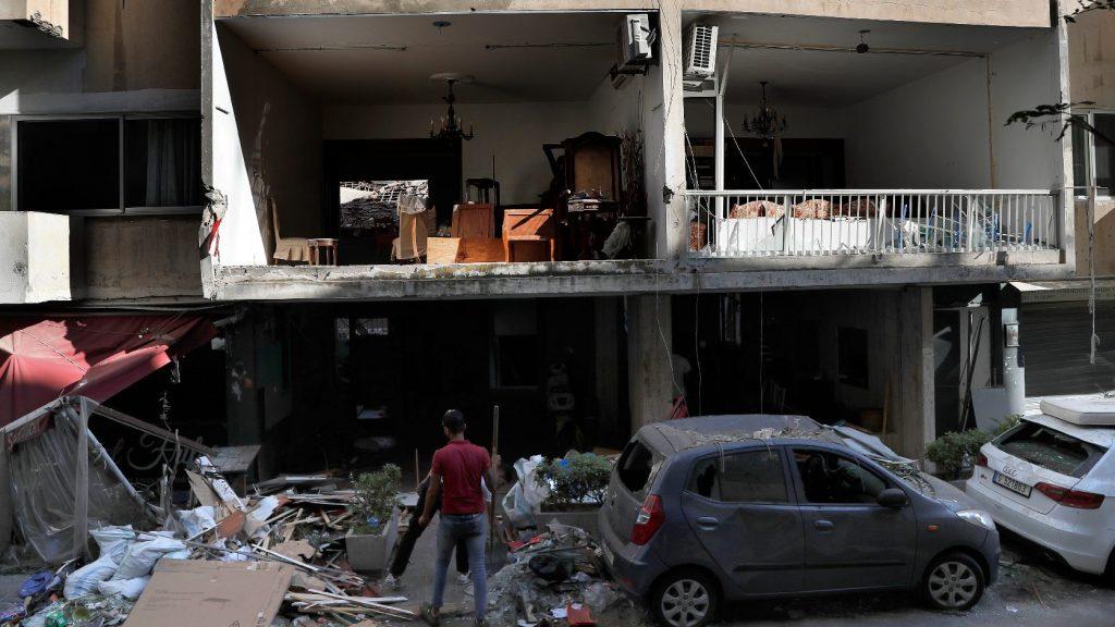 Még mindig nyoma sincs negyvenöt embernek Bejrútban