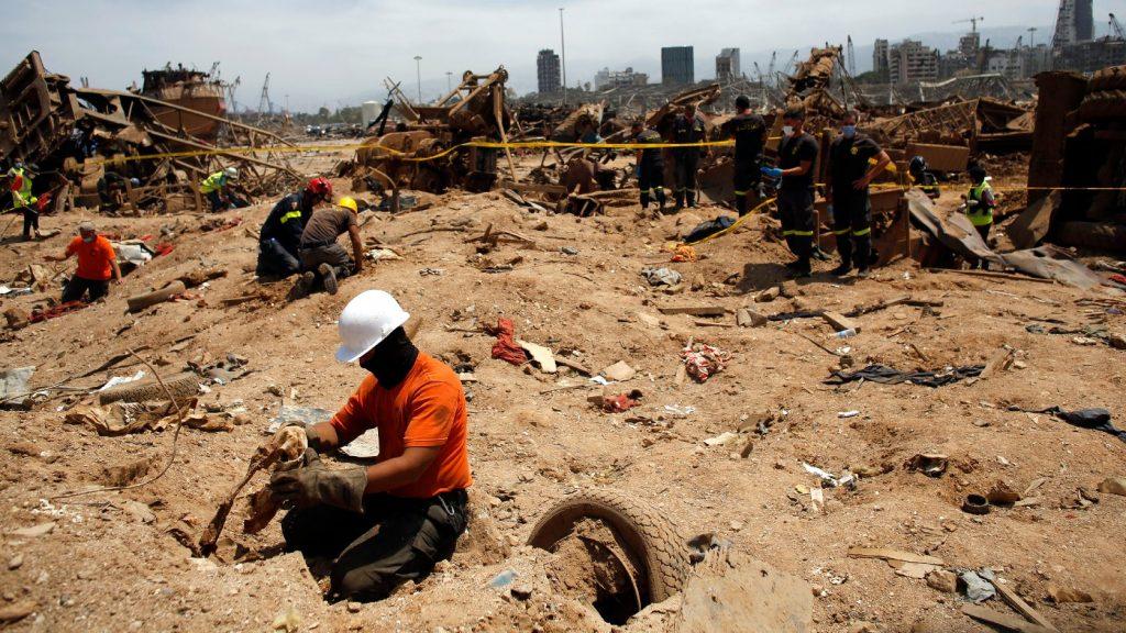 Újabb katasztrófa forrásai lehetnek Bejrútban a csordultig teli olajtározók