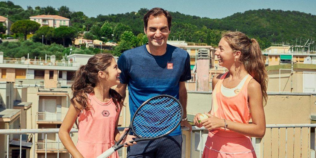 Két olasz kislány 12 milliós nézettséget elérő videója miatt ült magángépre Roger Federer