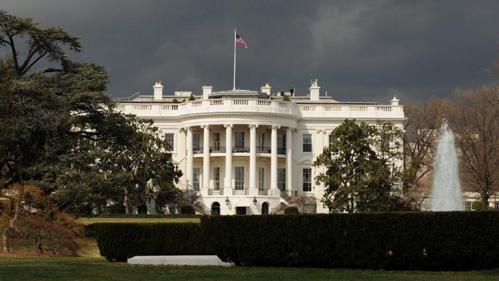 Egy nő küldhetett ricint a Fehér Házba