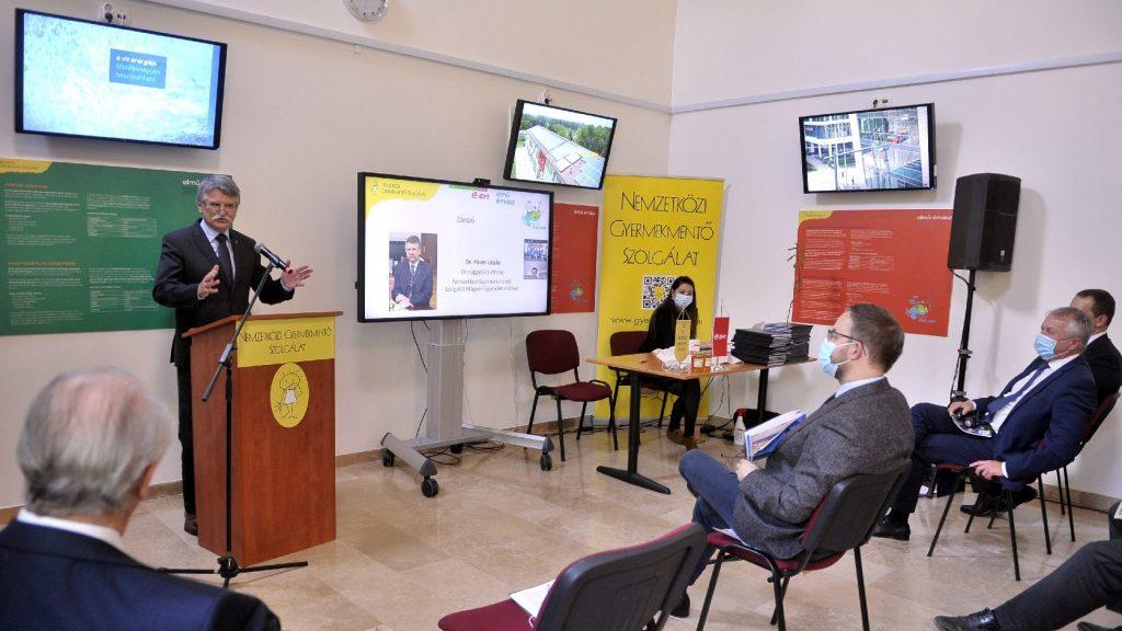 A Nemzetközi Gyermekmentő Szolgálat minikonferenciát tartott a megújuló energiákról