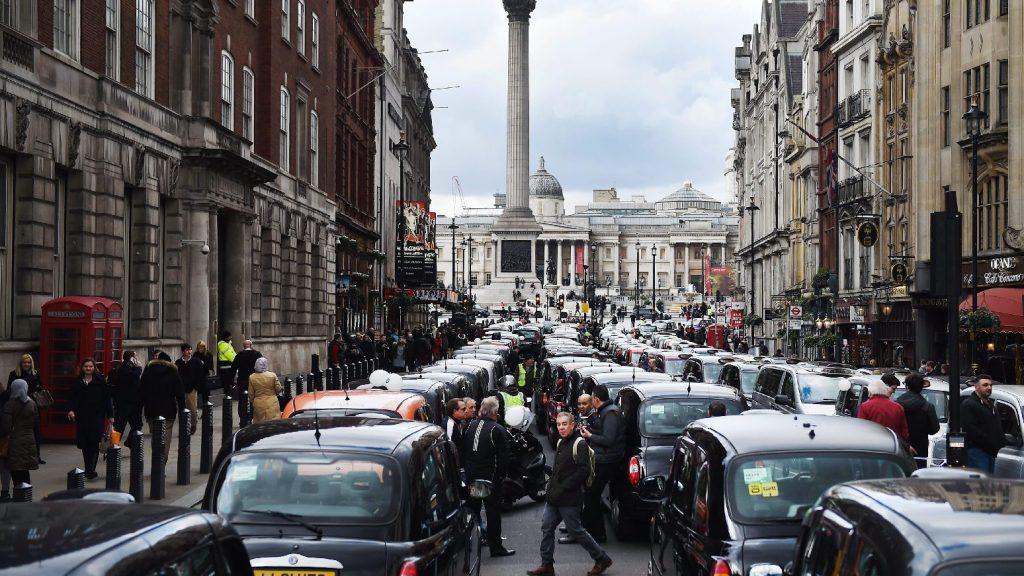 Megkegyelmeztek az Ubernek Londonban