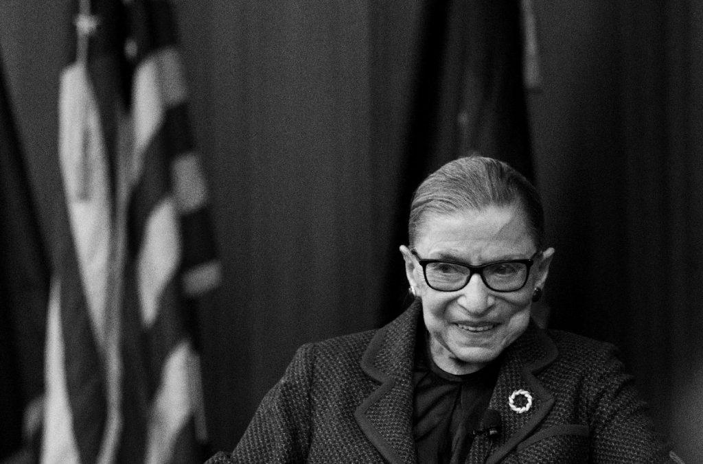 Elhunyt Ruth Bader Ginsburg, az amerikai legfelsőbb bíróság egyik tagja