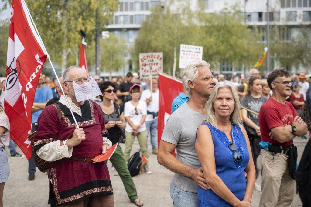 Fellélegezhetnek a Svájcban élő uniós állampolgárok