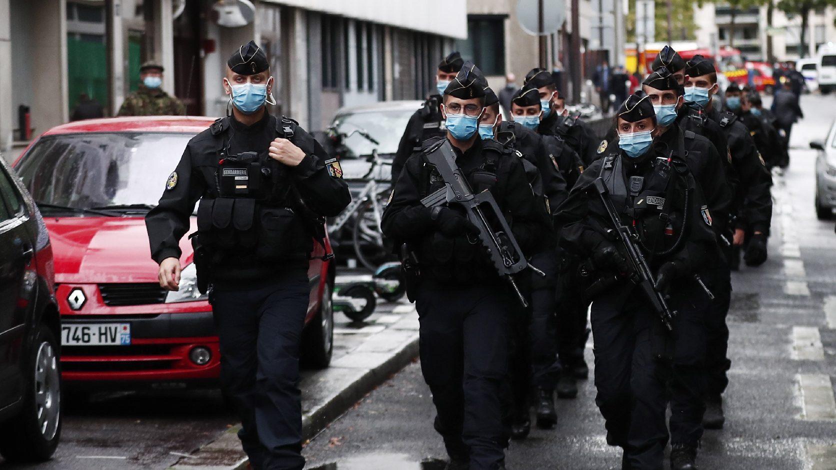 Fokozzák azoknak a párizsi helyszíneknek a védelmét, ahol iszlamista támadások voltak