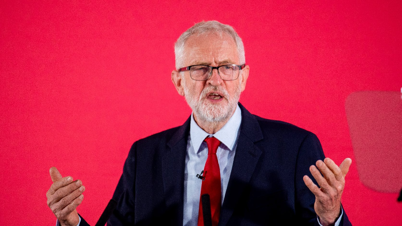 Felfüggesztette Jeremy Corbyn párttagságát a brit Munkáspárt