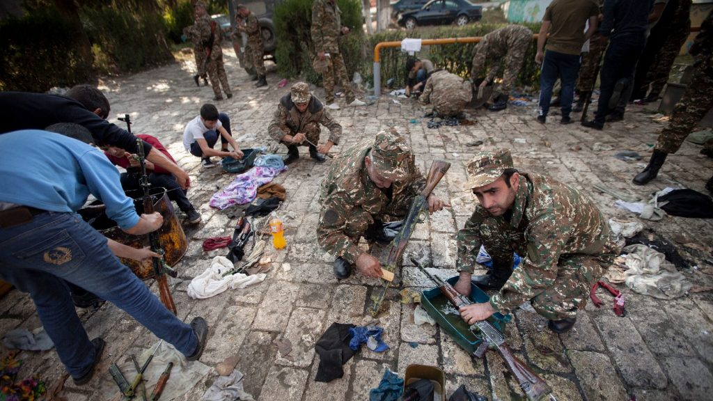 Újabb fordulat: Lelőtt három azeri helikoptert a szakadárok hadserege