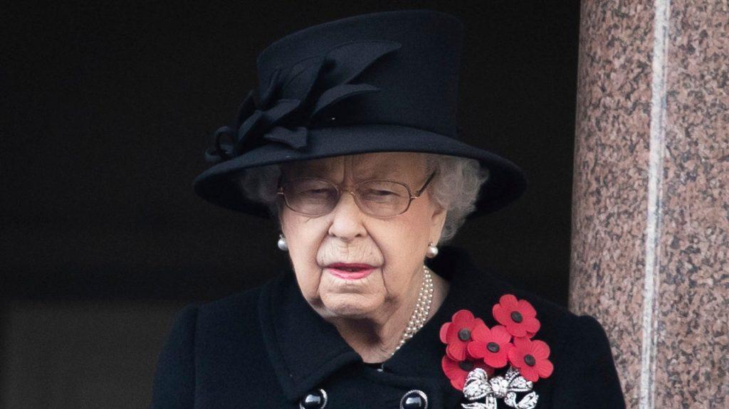 Lehet még rosszabb: II. Erzsébet férje után, még egy szerettét elveszítette