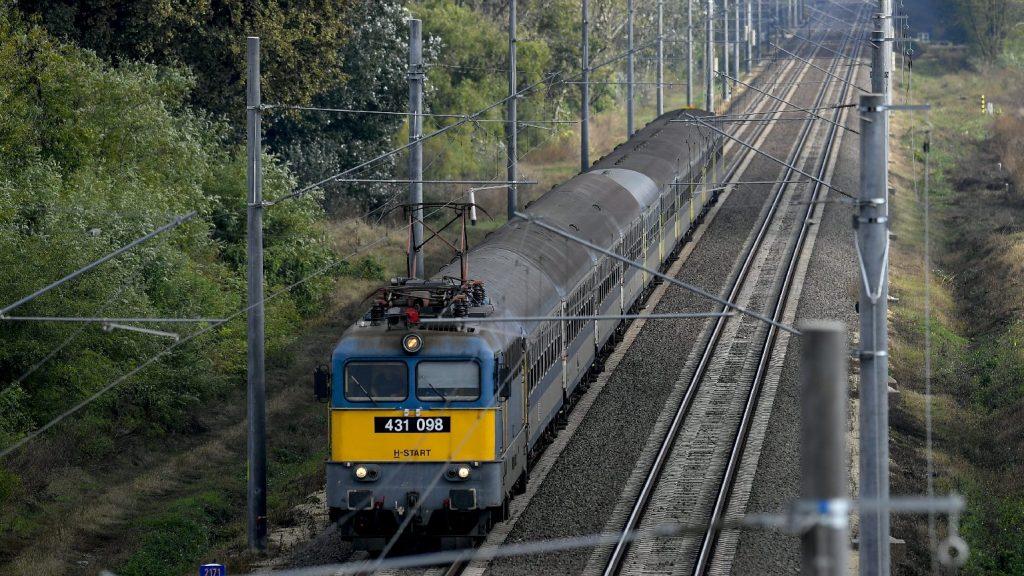 Vasúti forgalomgyorsító intézkedést hajtottak végre