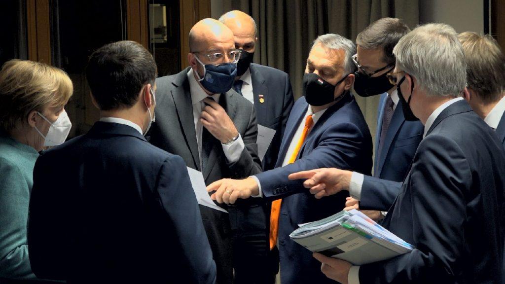 Folytatja a zsarolást Brüsszel, de a kormány nem fog engedni a magyarok érdekeiből