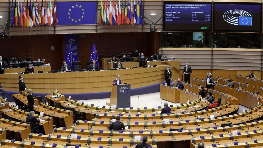 Orbán Viktor az európaiak oltásának felgyorsítását szorgalmazta az EU-csúcson