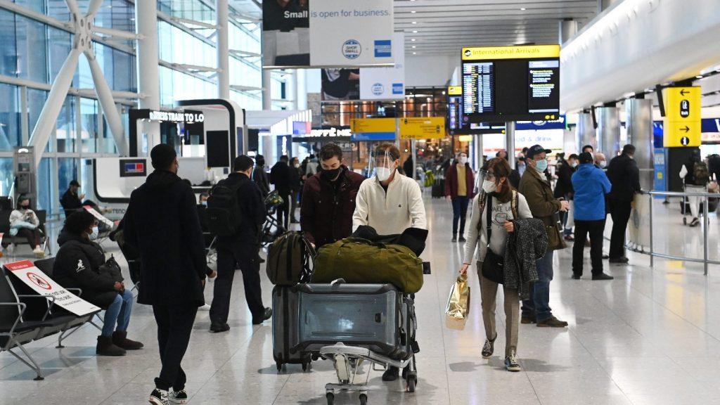 Enyítenek a britek a beutazási szabályokon