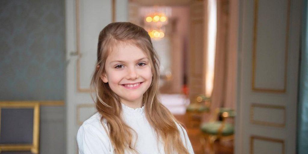 Tüneményes születésnapi fotóval ünneplik a svédek kis hercegnőjét