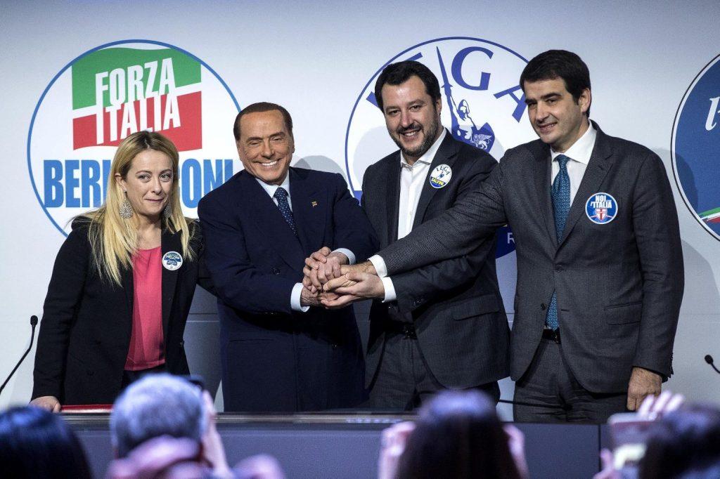 Az olasz jobboldalt erősíti az új szakértői kormány a felmérések szerint
