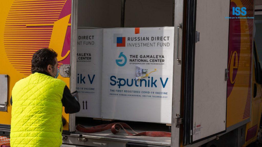 Az orosz vakcinának köszönhetően győzték le a járványt egy európai országban