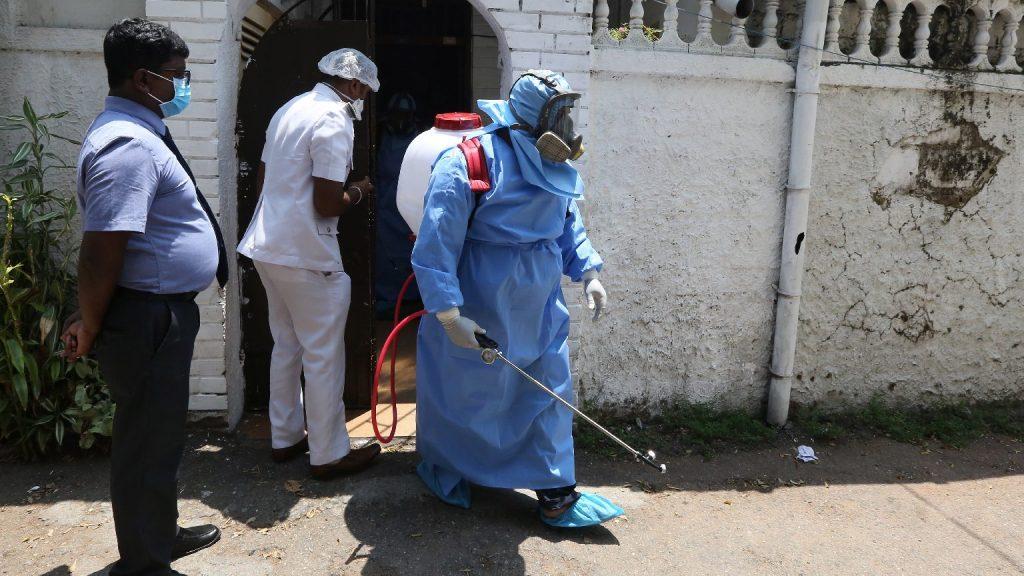 Külön szigeten temetik a koronavírusban elhunytakat